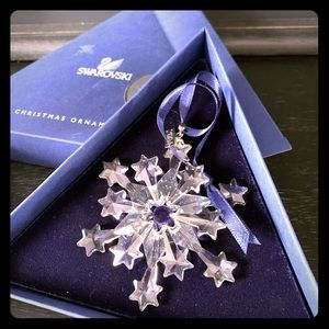 2004 Swarovski Christmas ornament